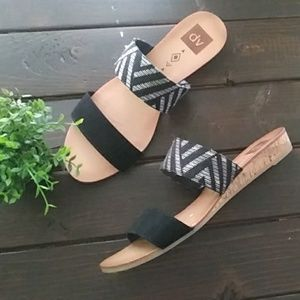 DV by Dolce Vita Tribal Strap Wedge Sandal Sz 9.5